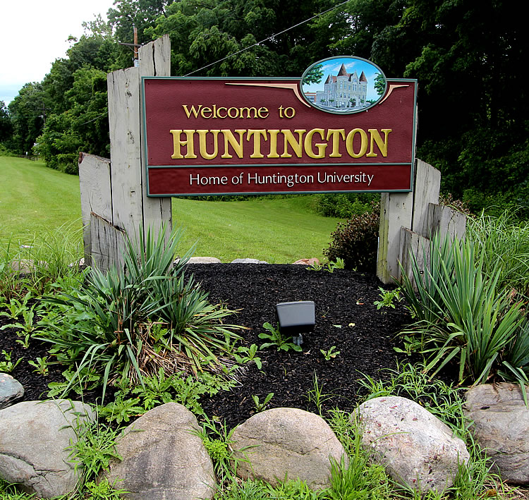 huntington-welcome-sign